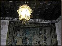 Lanternes Estevez dans le château Del Buen Amor à Topas (Salamanque).